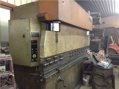Hydraulic Press Brake Safan 4300-150