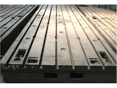 Clamping Plates in cast iron 2000 x 6000 mm